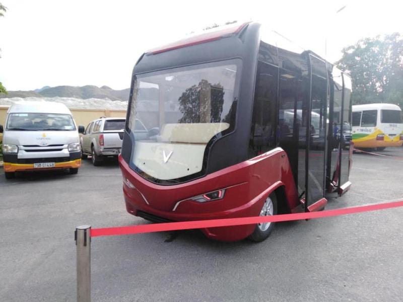 ha-noi-sap-co-them-10-tuyen-bus-moi-chay-bang-chay-bang-xe-dien-cua-vingroup_800x600-1.jpg
