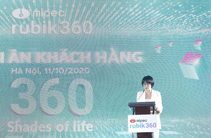 le-tri-an-mipec-rubik360-tang-mercedes-e200-thu-hut-hang-nghin-khach-hang-tham-du2.jpg
