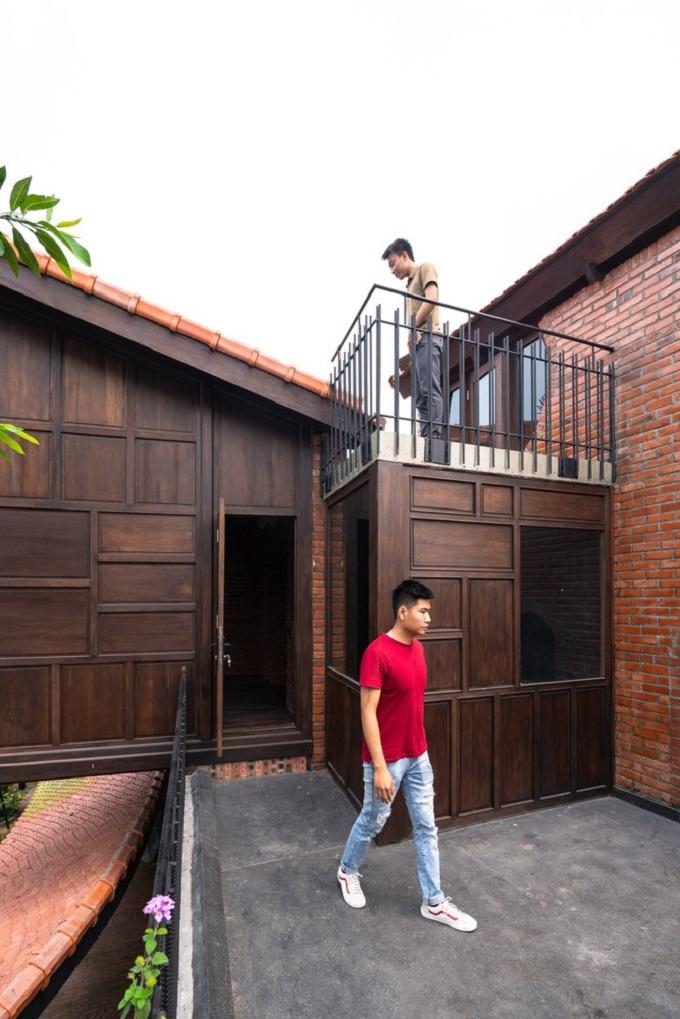 tai-hien-lang-que-bac-bo-truyen-thong-ben-trong-biet-phu-rong-700m2-tai-dong-anh-3.jpeg
