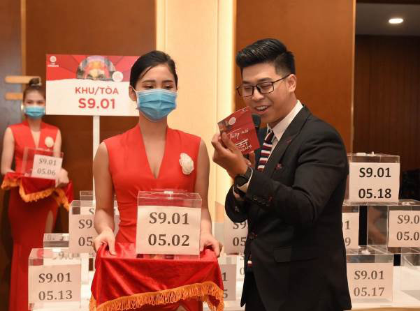 vinhomes-lap-hat-trick-voi-2400-can-ho-the-origami-duoc-dang-ky-mua-chi-trong-3-ngay-1-1.jpg