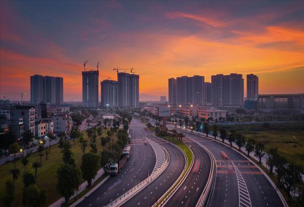 vinhomes-smart-city-thu-hut-khach-hang-nho-tuyen-duong-sat-metro-va-dai-lo-thang-long3.jpg